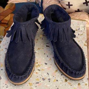 Splendid fringe leather moccasins size 8.5